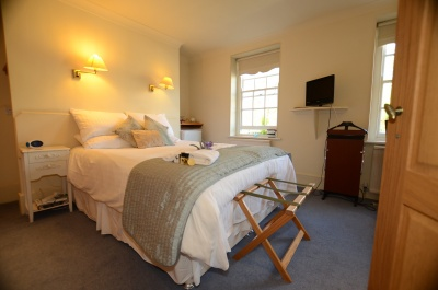 The Falcon Inn - Denham - room image title 34